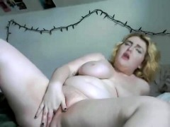 big-tit-milf-bbw-celebrates-valentines-day-solo