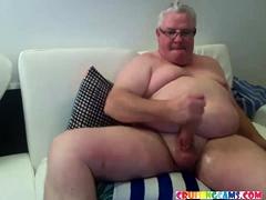 daddy-masturbate-big-fat-dick-live-on-cruisingcams-com
