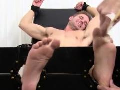 free-gay-sex-feet-emo-ticklish-dane-back-for-more
