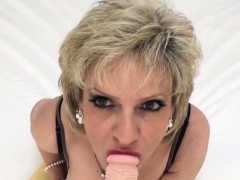 Cheating English Mature Gill Ellis Shows Off Her Massive Bre