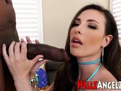 Hottie Ass Rides Black Rod