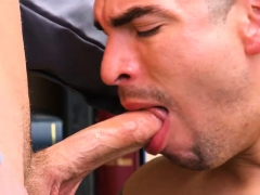 Pics Of Gay Police Men Sucking 18 Yr Old Caucasian Male,