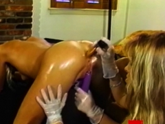 kinky-dyke-babes-strapon-fucking-in-luscious-threesome