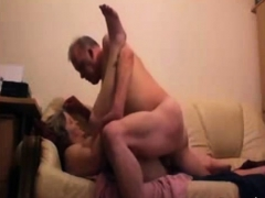 mature couple addiction to have a 3somes
