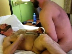 Musclebull Barebacks Topher Phoenix