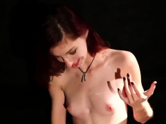 Kinky Honey Gets Sperm Shot On Her Face Swallowing All The S