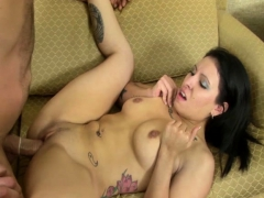 Latina Babeloves To Fuck In Front Of The Cam