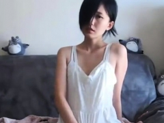japanese-babe-oiled-solo