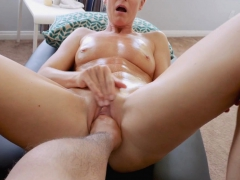 stuffing-stepmoms-pussy-with-an-entire-fist