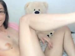brunette-teen-solo-webcam-masturbation