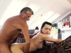 daddy-eats-pussy-what-would-you-choose-computer-or-your