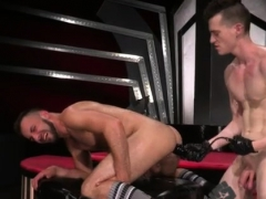 porno-ass-fisting-anal-gays-aiden-woods-is-on-his-back