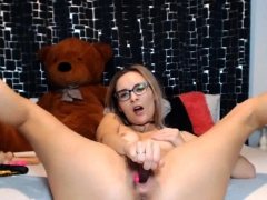 petite-blonde-babe-greatest-sex-show-ever