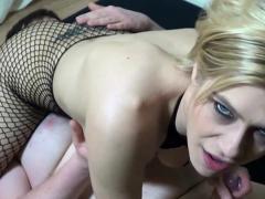 german-fetish-blonde-slut-in-dirty-amateur-userdate
