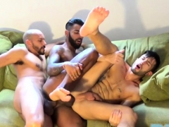latin-gay-threesome-and-cumshot
