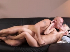 old-man-first-time-horny-blonde-wants-to-try-someone-lil