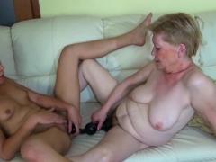 Old Slut In Lesbo Action Porn Video