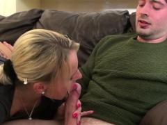 sexy tara gets her muffin fucked
