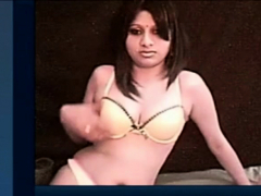 indian woman naked on cam