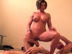Muscled dude fucks blonde mature lady in bed tmb