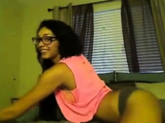dance! dancing cutie uses her long legs to perfection Striptease