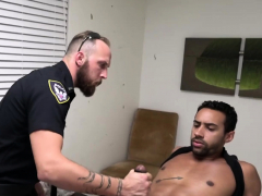 Gay Officer Sucks On Suspects Cock