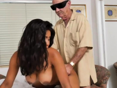 young-fingering-creamy-xxx-glenn-completes-the-job