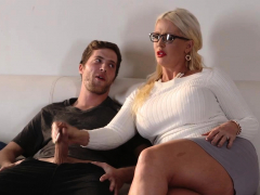 stepmom-with-bigtits-gives-dylan-snow-a-head