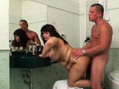 cheating-sex-in-the-bathroom-with-busty-mom