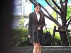 japanese ho pees in rain