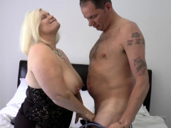 pussy-licked-brit-granny-sucks-and-rides