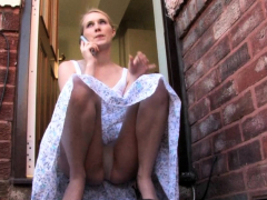 roxy-redheads-upskirt-masturbation-and-amateur-bbw-in-voyeur