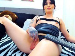 lustful-tgirl-smoking-and-masturbation