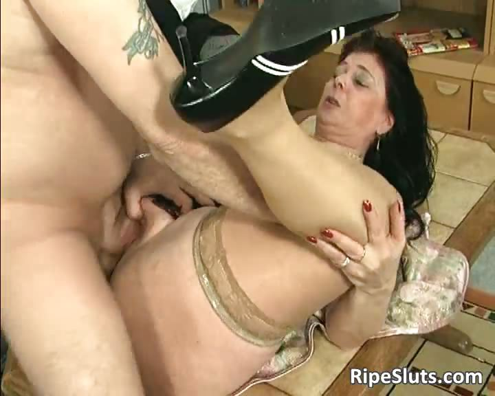 Grote tit mom Porn video