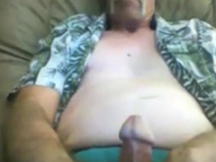 Hot mature man unloading