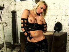 Blonde Ts Teases With Great Tits
