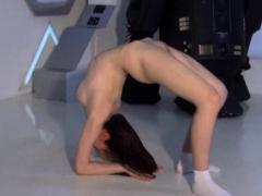 brunette with huge tits flexy bitch dasha kuvshin Striptease