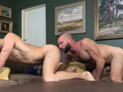 familydick-hairy-stepdad-barebacks-his-blond-stepson