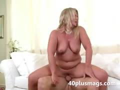 plump-blonde-milf-susan-b
