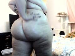 bbw-masturbate-and-squirt