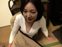 japanese-hairy-twat-fingering
