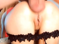 Kinky Bimbo Babe Gets Anal Fucked From Behind