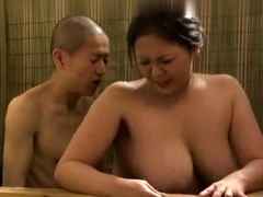 uncensored-busty-japanese-in-the-shower