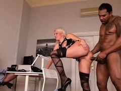 Amateur double penetration blonde slut in stockings