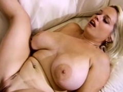 bouncing-boobs-swinger-blonde-wifey-gives-pleasure