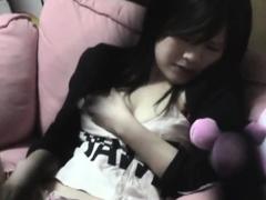 japanese-babe-toying