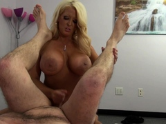 he-get-prepaired-via-pegging-and-strapon-sucking