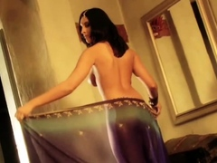 sensual-dance-of-the-naked-indian