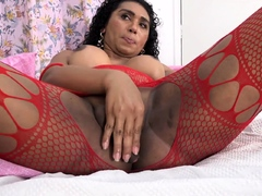 Curvy Ebony Transsexual Kamilly Ass Play And Stroking Solo