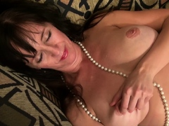 usawives-horny-moms-and-milfs-in-compilation-video